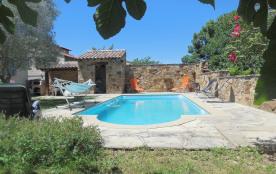 Belle maison avec piscine située sur  Saint-Juéry,