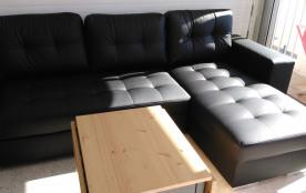 Canapé très confortable, se transforme en couchage 140