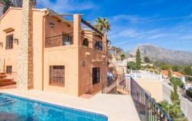 Ample villa de vacances à louer à Calpe (Costa Blanca) avec piscine privée, pour un maximum de 10...