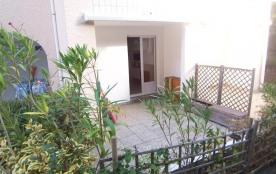 FR-1-197-302 - Appartement type 2 avec terrasse