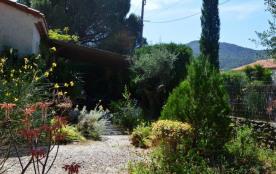 SOREDE (66) - Quartier Village - Villa
