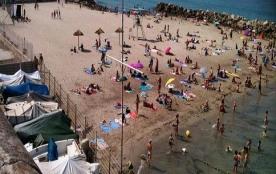 la plage à 10mn à pied