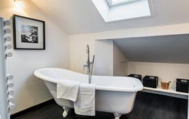Salle de bains chambre principale