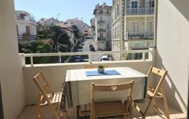 FR-1-0-336 - Appartement Bere Naia : vacances en centre-ville, plages et commerces à pied