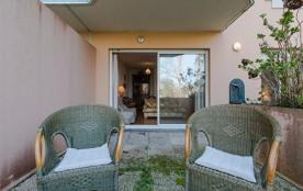 FR-1-3-342 - Résidence Miraflores : Appartement avec piscine proche plages