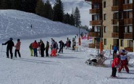 école de skis au départ