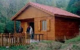 Chalet communal, de plain pied, dans la vallée du Tarn, dans un ensemble de 4 chalets ouverts à l...