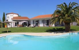 Grande villa Méditerranéenne 10 personnes Piscine privée Prestations de qualité