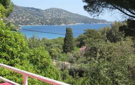 Villa Pramousquier à 500 m des plages, vue Cap Nègre. Entre St-Tropez et Hyères