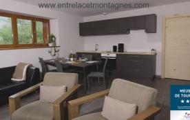 Salon salle à manger et cuisine