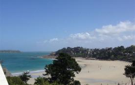 Appartement avec belle vue mer / terrasse et wifi, à 400 m de la plage.