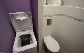 Toilettes et lave-linge