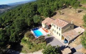 villa individuelle 6 chambres pour 12 personnes avec piscine privée sans vis à vis https://youtu.be/ipgJo9wck94 - Ves...