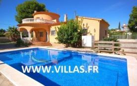Villa DV Laure - Attrayante villa dotée de 4 chambres à coucher, implantée au sein d'un beau jard...