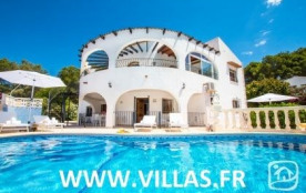 Villa AB PARADI