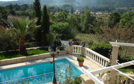 Provence Luberon: belle villa d'artiste avec piscine