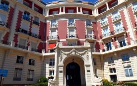 Appartement 3 pièces - vue mer - Biarritz hyper centre - 100m grande plage. Garage.