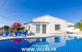 Villa AB NA - Cette jolie location est construite de plain pied, elle profite d'une jolie parcell...