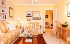 API-1-20-14195 - Las Canteras Seafront Apartment