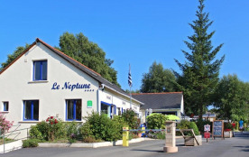 CAMPING LE NEPTUNE, 84 emplacements, 21 locatifs