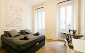 """La Parenthèse"""" Appartement T3 Plein centre ville Marseille"""