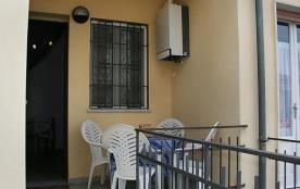 API-1-20-11032 - La casa della ceramista