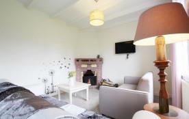 Une maison confortable que vous apprécierez aussi pour son agréable jardin clos et son environnem...