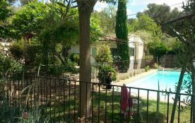 Maisonnette indépendante dans grand terrain au calme avec piscine privée