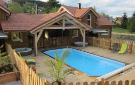 Chalets 4 clévacances avec piscine sauna et jacuzzis