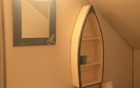 toilette avec chambre sur cour 2ème étage