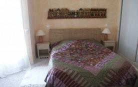 Une chambre de la villa 1