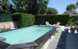 Belle villa indépendante 6 couchages avec terrasse et piscine.