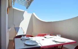Résidence La Goélette, studio cabine de 30 m² environ pour 4 personnes avec un accès direct à la ...