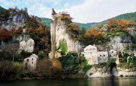 Profitez de vos vacances pour découvrir la région et la richesse de son patrimoine. Aux portes du...