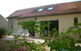 Gîte vacances terrasse jardin 4 à 5 personnes - Chateaudun
