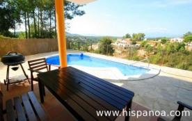 Récente villa avec piscine privée