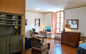 Parc Régional du Queyras ,  Appartement douillet, 3 chambres , centre village aménagé personne à mobilité réduite