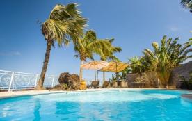 Appartements de charme vue sur mer avec piscine