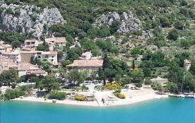 Maison Familiale de Vacances - Le Chateau De Bauduen