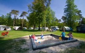 Camping De Kleine Wolf, 600 emplacements, 29 locatifs
