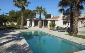 Villa à LA COURONNE