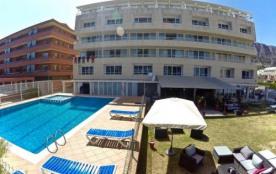 IB-91 - En première ligne de mer à L'Estartit, ces appartements de type duplex sont prévus pour 6...