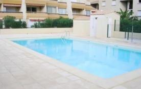 Appartement 6 couchages en rez-de-chaussée dans résidence avec piscine.
