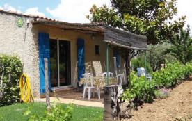 Gîtes de France Petite maison au calme. À 5 km des plages et à 1.5 km du village médiéval de La C...