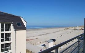A deux pas de la plage .....