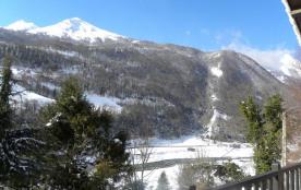 vue du balcon sur la montagne
