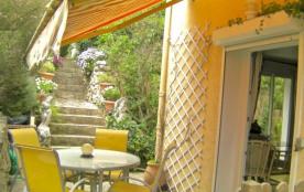Vrai calme et réelle proximité : Appartement 3 pièces de 70 m2 en rez-de-jardin de villa à Antibes - Antibes