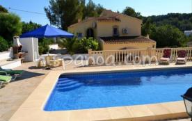 Cette villa 6 personnes avec piscine privé