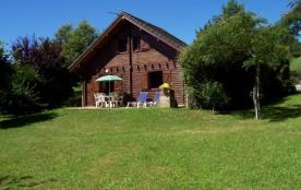 Location Chalet  Correze  au bord d'un lac - Camps-Saint-Mathurin-Léobazel