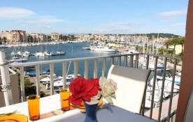Gruissan (11) - Rive Gauche - Résidence La Farigoule II. Appartement 2 pièces cabine - 46 m² envi...